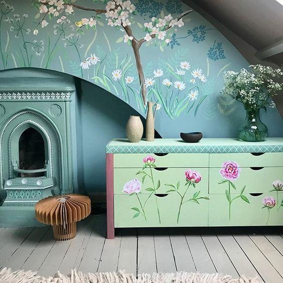 How to use colour in a room. Beautiful furniture up-cycling with colourful blue paint and a painted wall mural