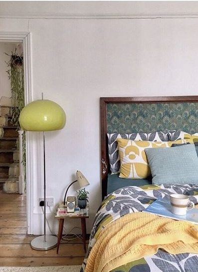 20 of the best vintage interiors in the UK. Pretty vintage headboard