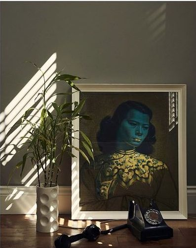 20 of the best vintage interiors in the UK. Vintage picture and frame and other vintage interior accessories
