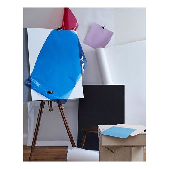 How to use colour in a room. Colourful abstract art installation using an art easel