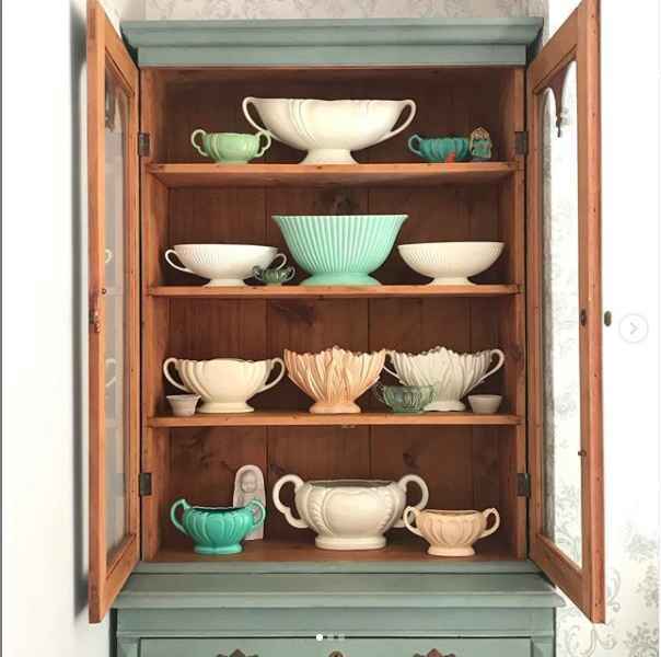 How to style a dresser of vintage crockery