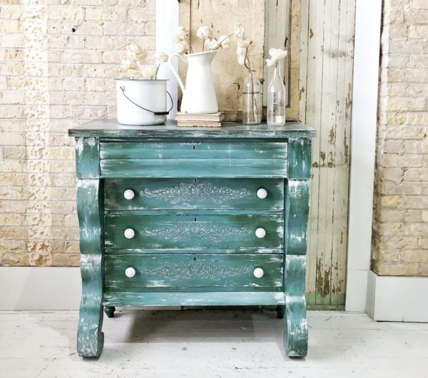 Spotlight on Old Fashioned Milk Paint